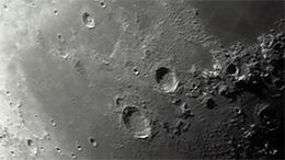 Lune dpuis la terre